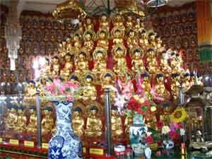 зал с тысячью Будд