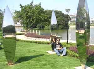 Вот такие скульптуры очень популярны в Китае